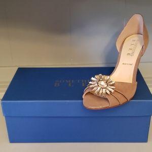 NWT Something Bleu Bleu Bridal Moon Beige Heels